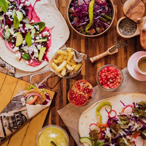Lalina - Veggie Wraps, Juices, Coffee and more